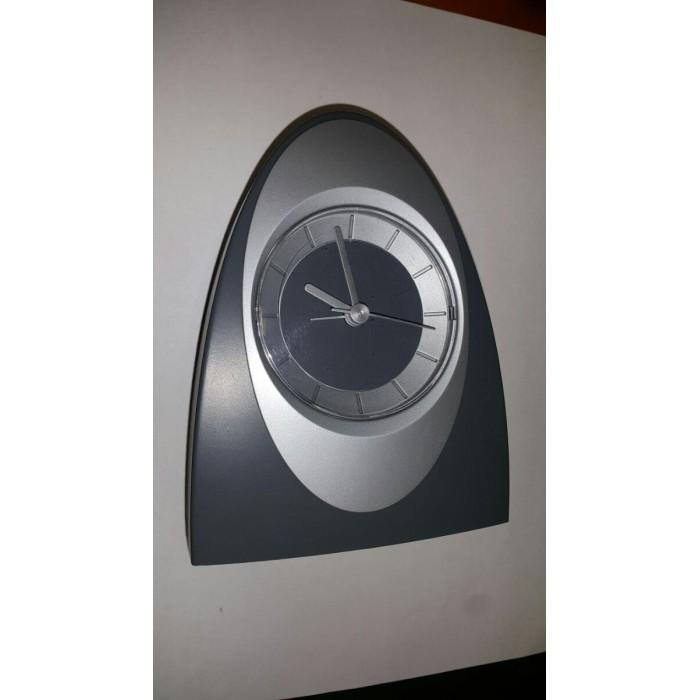 Stalo laikrodis - žadintuvas