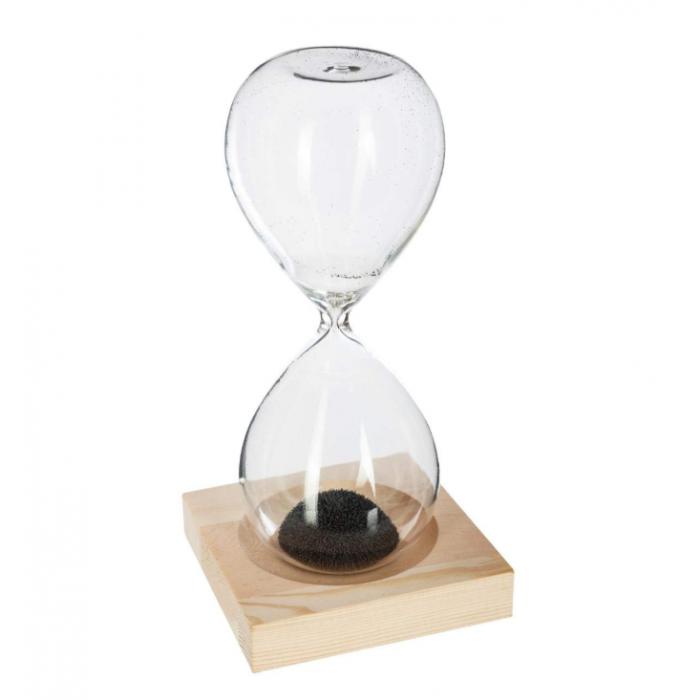 Smėlio laikrodis su magneto drožlėmis