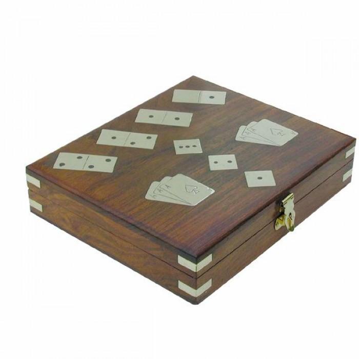 Žaidimai dėžutėje (kortos, domino, kauliukai)